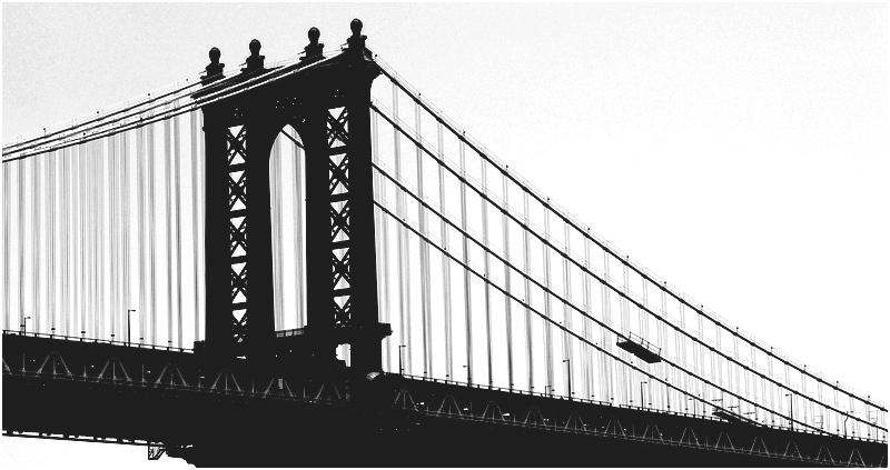 Le pont de Brooklyn Enjambe le matin calme